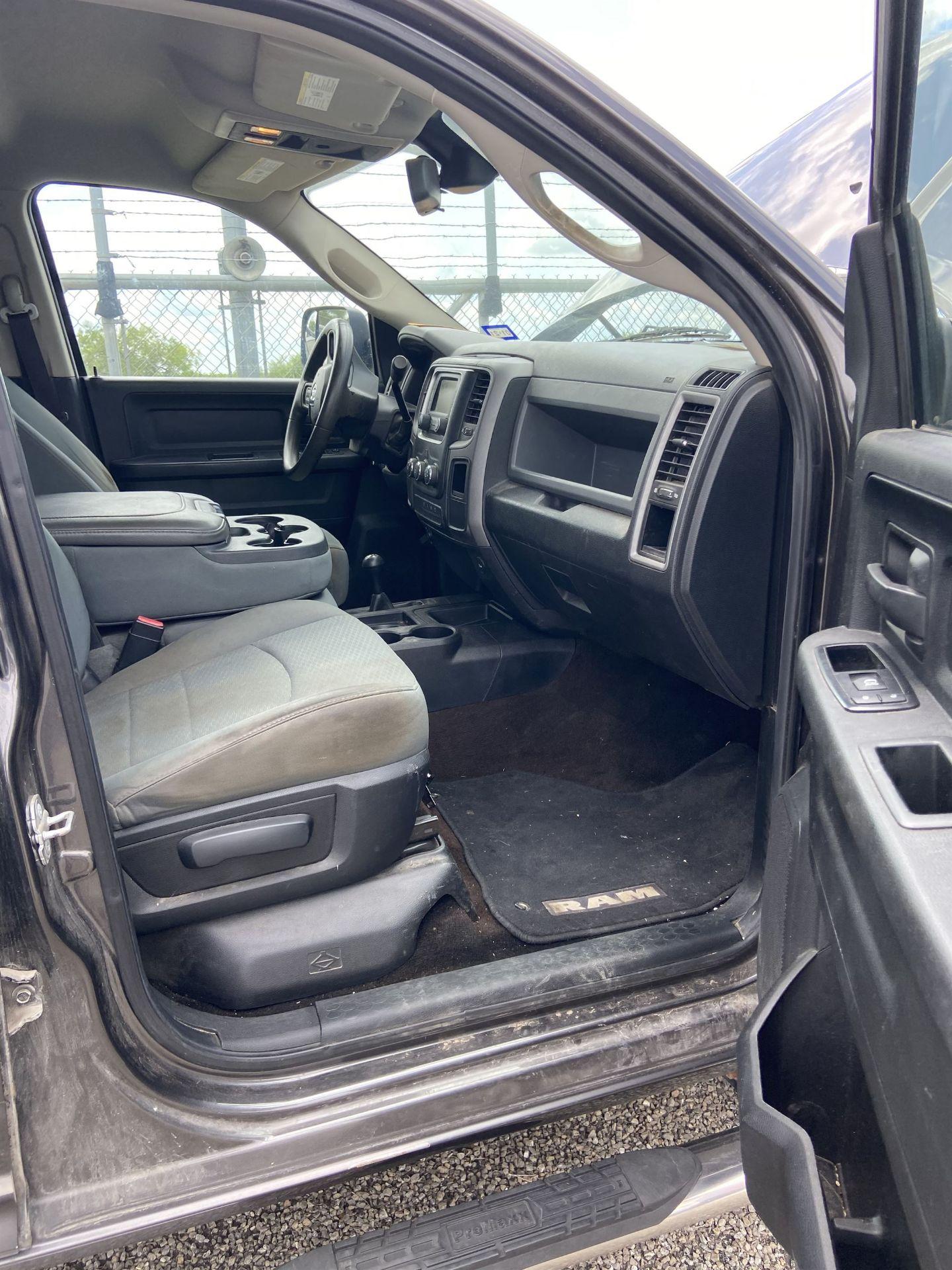 2013 Dodge Ram 2500 HD Crew Cab Long Bed, 251K Miles, Cloth, 4X4, Diesel, VIN # 3C6UR5HL1EG135730 - Image 14 of 17