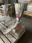 2009 ARBO Vibratory Tray Feeder w/ AF14-CS-110-15 Drive and SS Hopper, s/n V2034