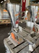 2009 ARBO Vibratory Tray Feeder w/ AF14-CS-110-15 Drive and SS Hopper, s/n V1983