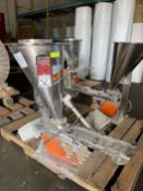 2008 ARBO Vibratory Tray Feeder w/ AF14-CS-110-15 Drive and SS Hopper, s/n V1961