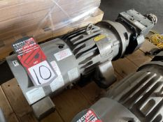 BALDOR 5 HP Vector Drive Motor w/ Baldor 9.76:1 Gear Reducer
