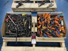 Lot of Assorted Allen Wrenches and Torx Wrenches