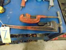 """LOT CONSISTING OF: 24"""" pipe wrench & pipe cutter"""