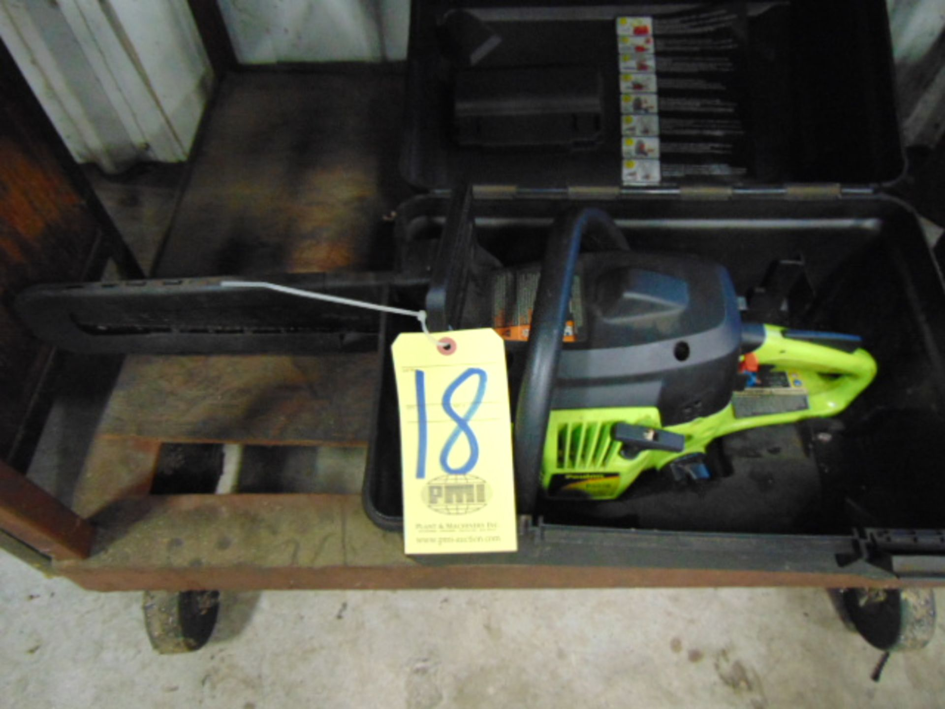 "CHAINSAW, POULAN 18"" MDL. P4018, gas pwrd."