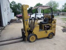 """FORKLIFT, CATERPILLAR MDL. T70C, 8,000 LB. CAP. w / counter weight, 3-stage mast, 196"""" lift ht."""