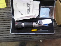 PORTABLE REFRACTOMETER, EXTECH MDL. RF40
