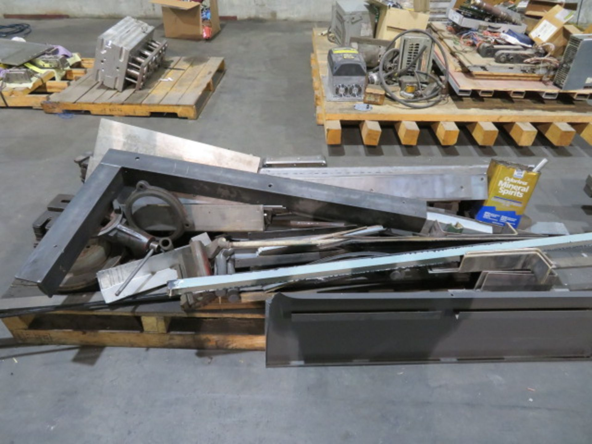LOT CONSISTING OF: assorted steel, surplus, remnant, discontinued molds, machine pieces (on three - Image 2 of 4