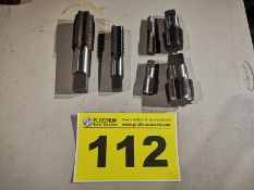 LOT OF ASSORTED INCH MACHINE TAPS