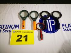 LOT OF MAGNIFYING GLASSES