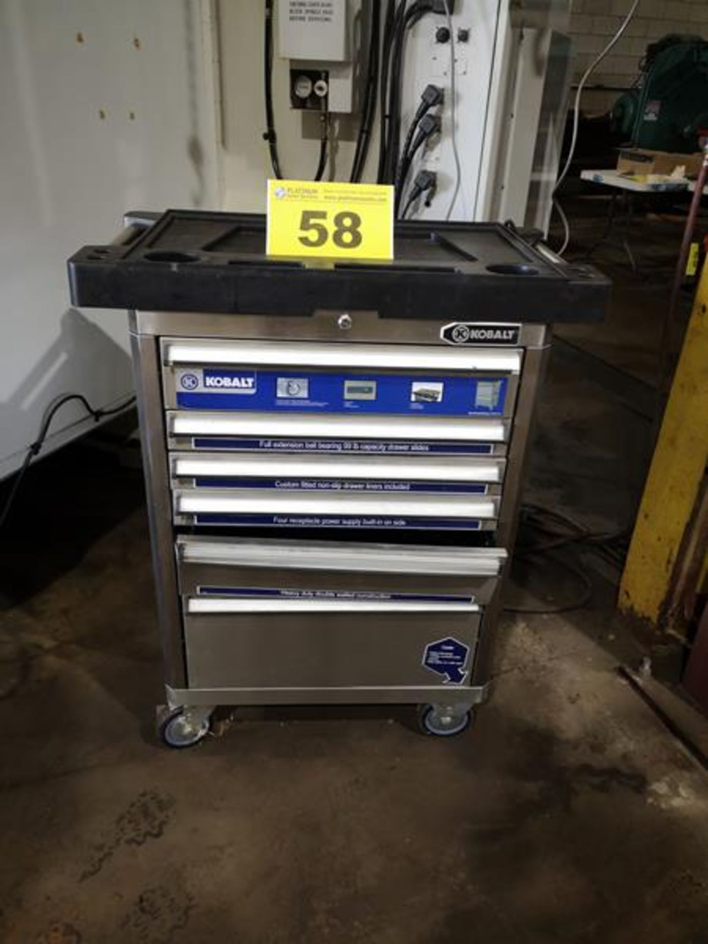 KOBALT, 6 DRAWER TOOL CABINET ON CASTERS( 1 DRAWER REQUIRES REPAIR)