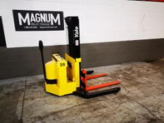 """YALE, MSW040SCN24TV072, 4000 LBS., BATTERY POWERED, WALK BEHIND REACH TRUCK, 100"""" MAX LIFT HEIGHT,"""