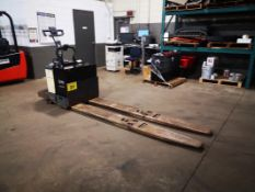 """CROWN, PE3540-60, 6000 LBS., BATTERY POWERED PALLET TRUCK, SOLID CUSHION TIRES, 28"""" W X 96"""" L FORKS,"""