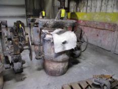 Modern 2500 lb. Ladle (LOCATED IN COLUMBIANA, AL)