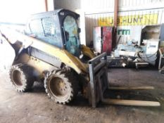 2013 Caterpillar Skid Steer Loader Model 272D, S/N CAT0272DCB5W00411, with Bucket (#SS-85)