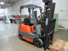 Toyota Forklift Model 42-6FGCU15, 2800 lb. Cap., 3-Stage Mast, Side Shift, LPG, 189 in. Lift Height,
