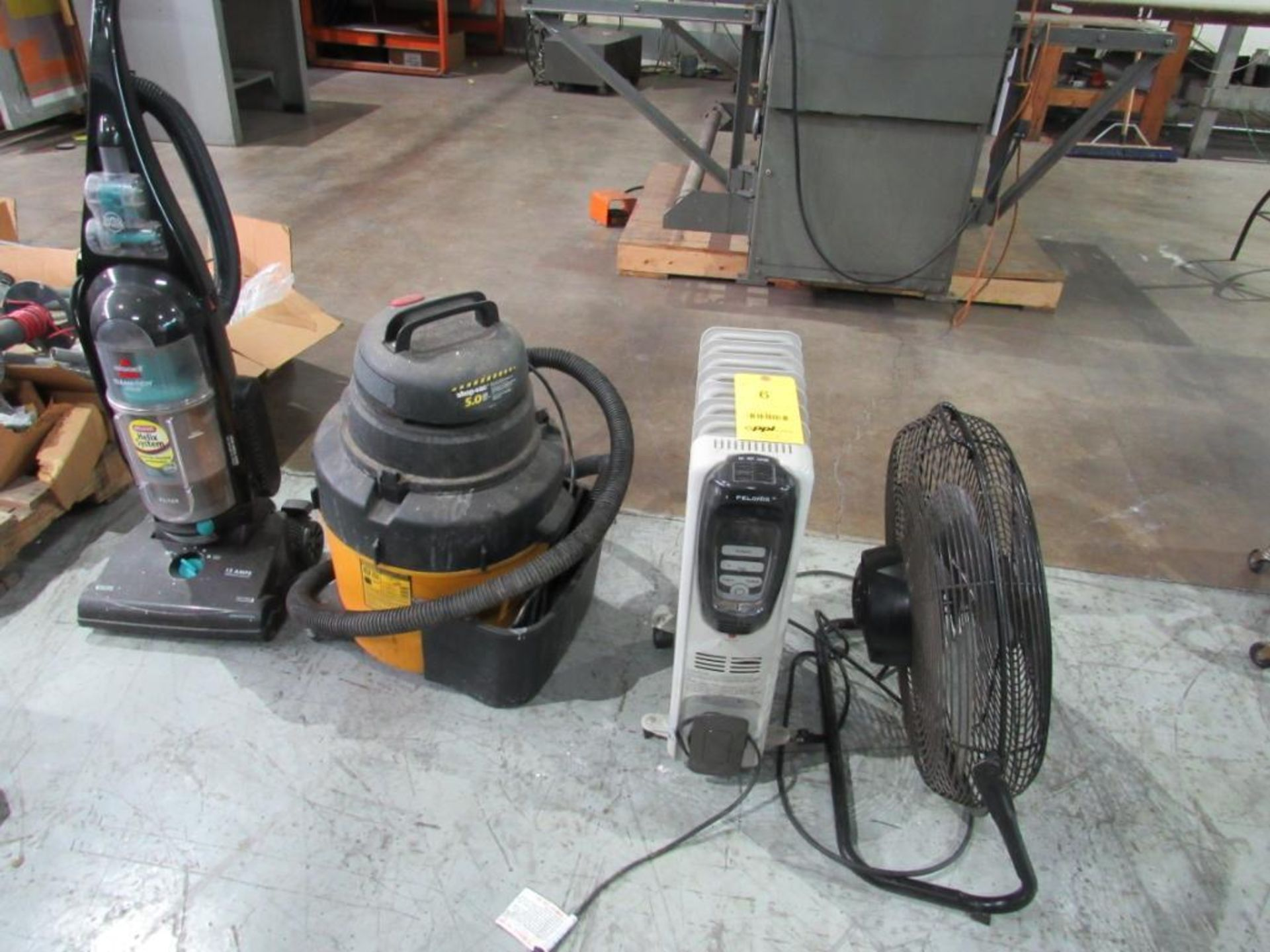 LOT: (1) Air King 20 in. Air Circulator, (1) 5.0 HP Shop Vac, (1) Pelonis Electric Heater, (1)