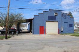 4000 sq. ft. Building, 827 Oak Street, Dekalb, IL 60115