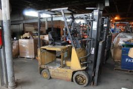 Caterpillar Electric Forklift Model 8015, Side Shifter, 3000 lb. Capacity, Dual Mast 130 in.