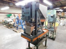 Tridyne Scale Feeder Unit Model 6506-A, S/N 1516, Top Side Mounted Vibratory Gravity Bottom Feed