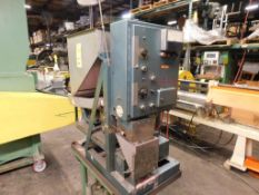Tridyne Scale Feeder Unit Model 6506, S/N 1469, Top Side Mounted Vibratory Gravity Bottom Feed
