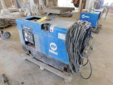 Miller 250 Amp / 8000 Watt Gas Powered Portable Welder/Generator Model Bobcat 225NT, with Cables & C