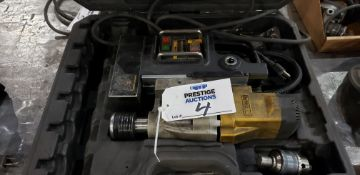 "Dewalt DWE1622 2"" Magnetic Drill Press"