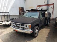 2000 Chevrolet GMT 400 Dual Rear Axle, Gasoline, V8 Dump Truck