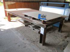 HEAVY DUTY TABLE