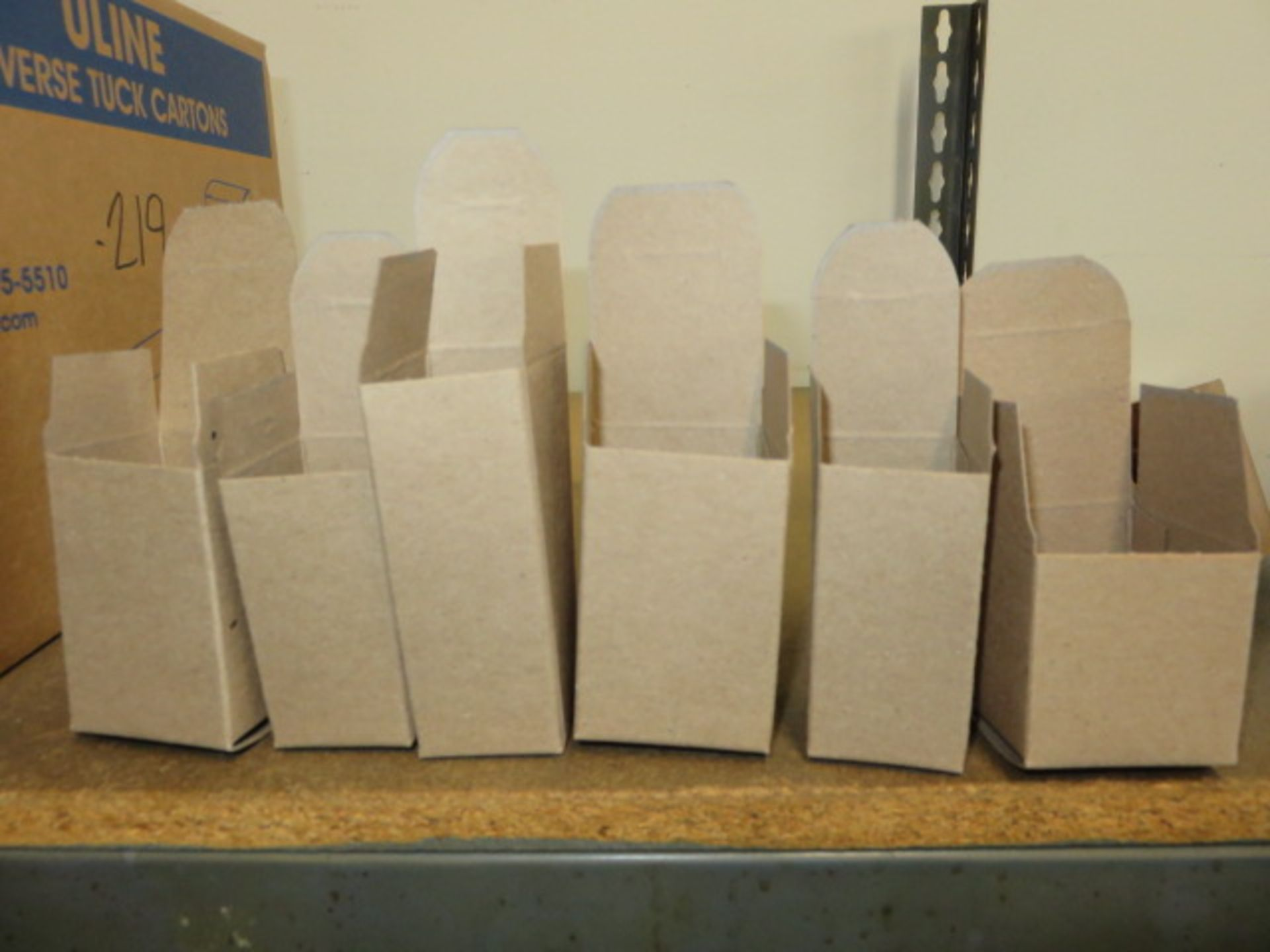 KRAFT REVERSE TUCK CARTONS, POLY & BUBBLE BAGS - Image 3 of 9