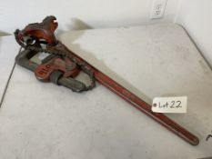 Ridgid large compound pipe wrench with vise