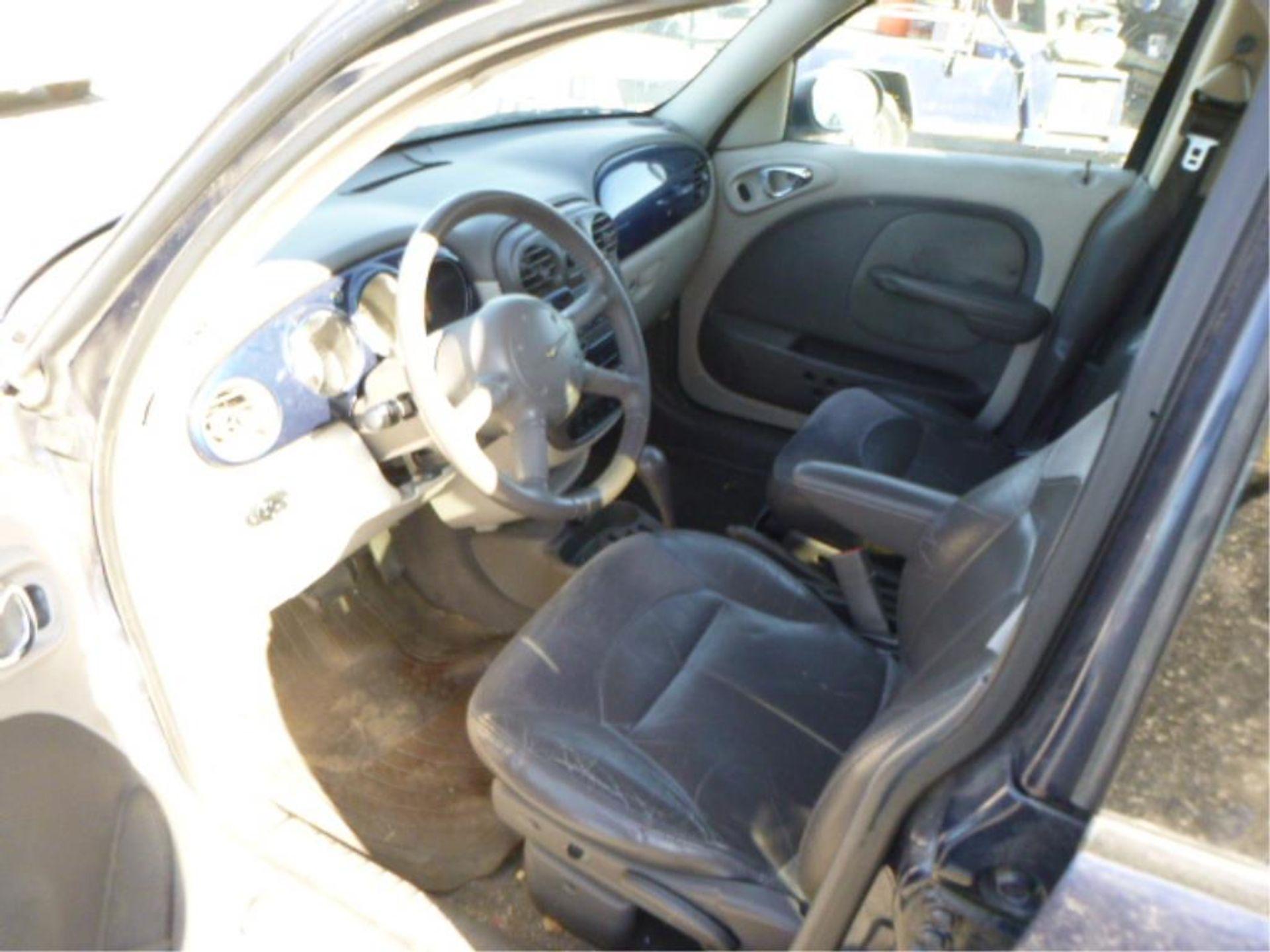 2002 Chrysler PT Cruiser - Image 11 of 14