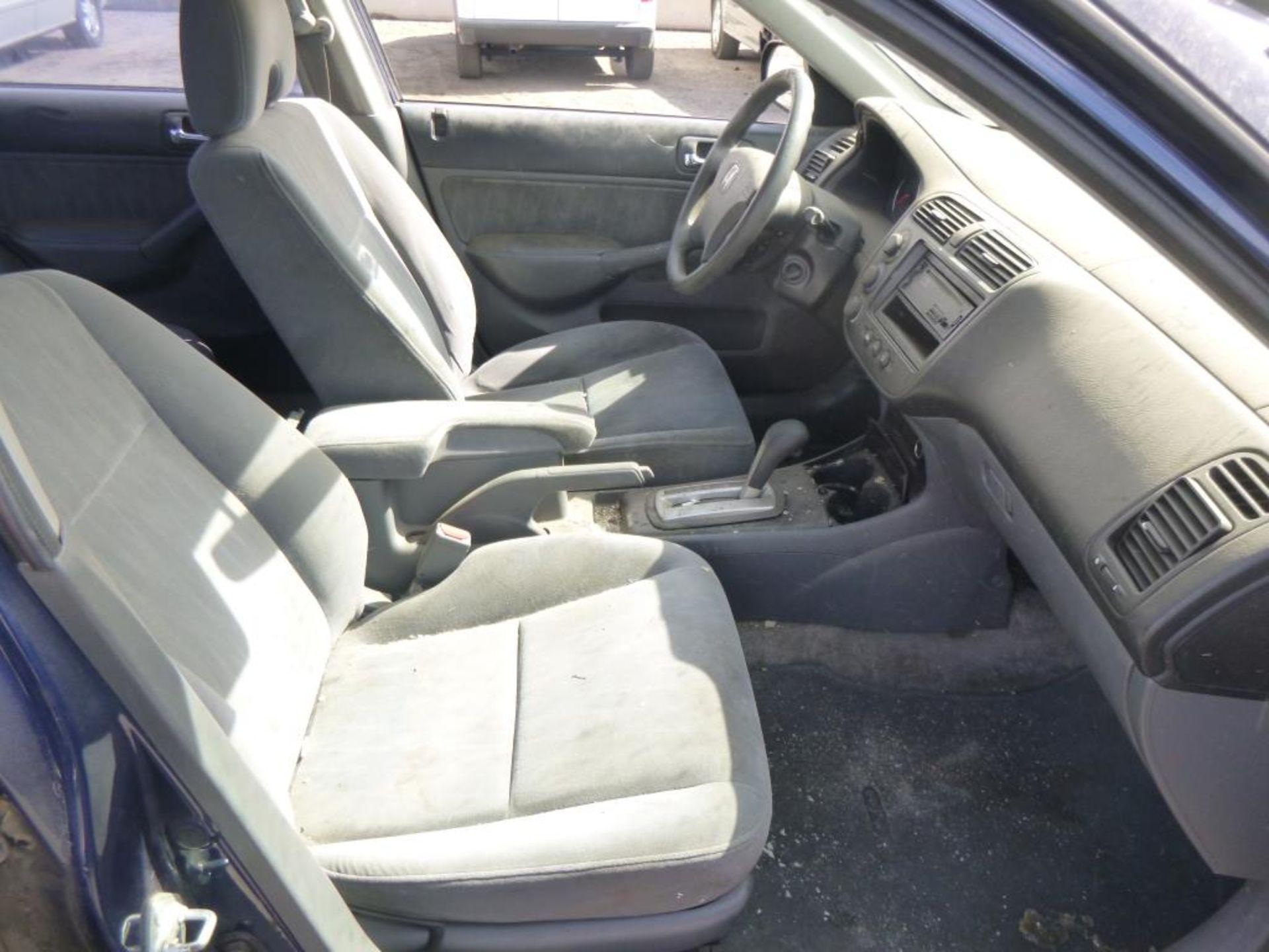 2004 Honda Civic - Image 9 of 14