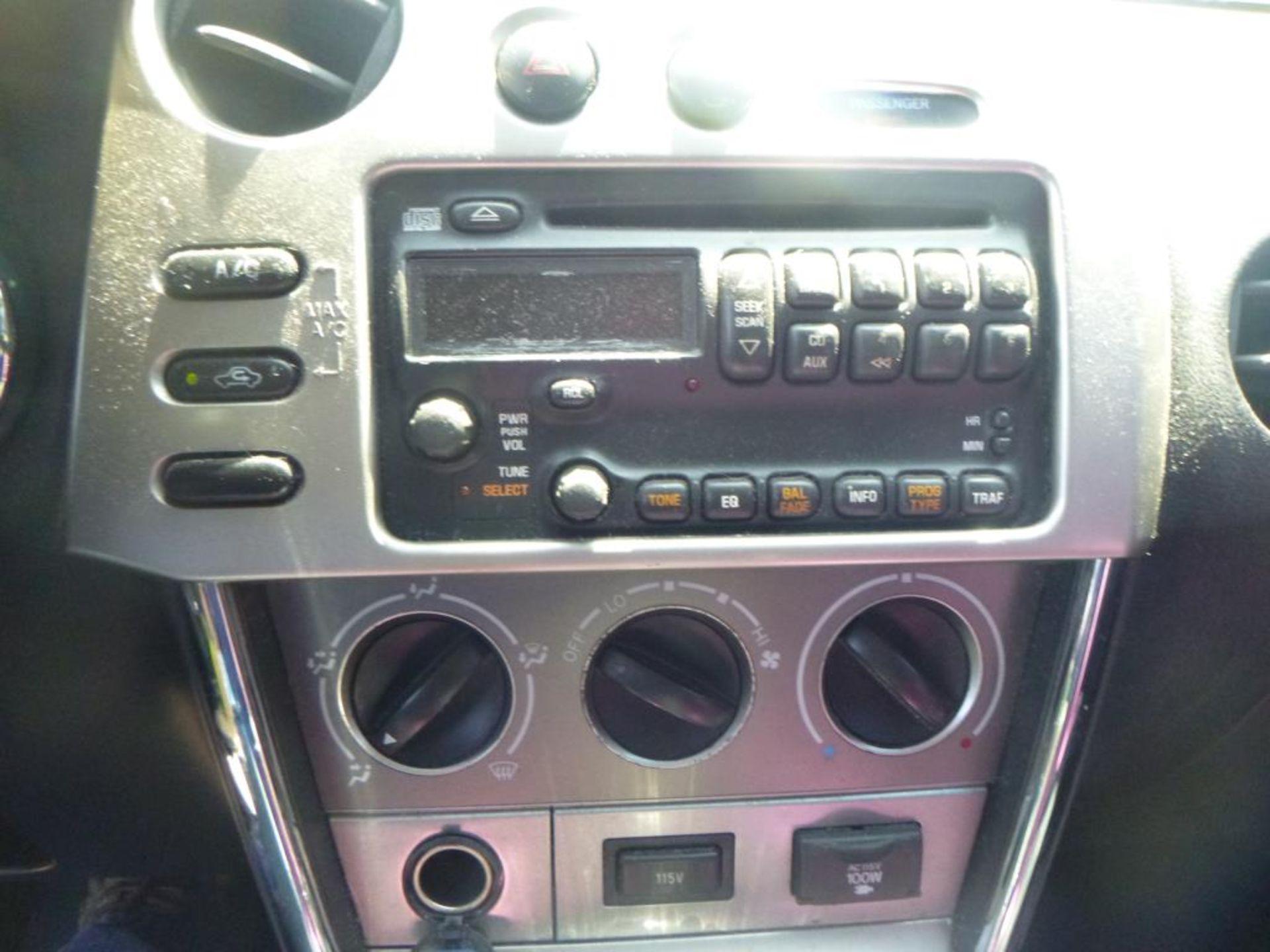 2006 Pontiac Vibe - Image 14 of 14