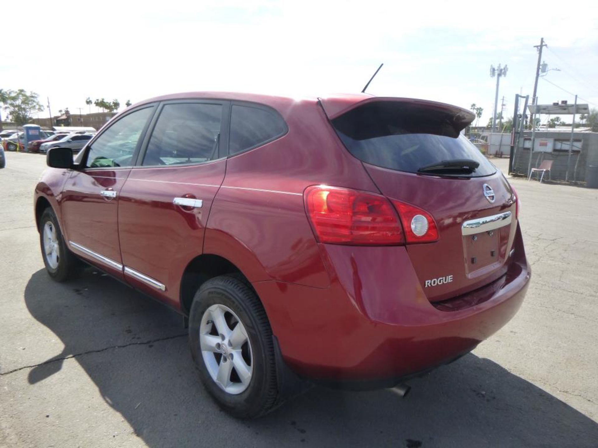 2012 Nissan Rogue - Image 2 of 14