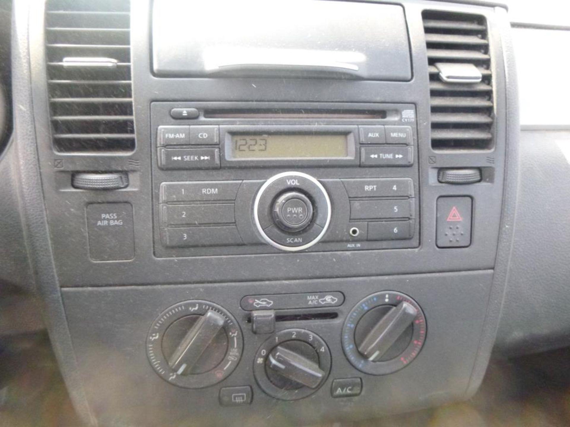 2010 Nissan Versa - Image 12 of 13