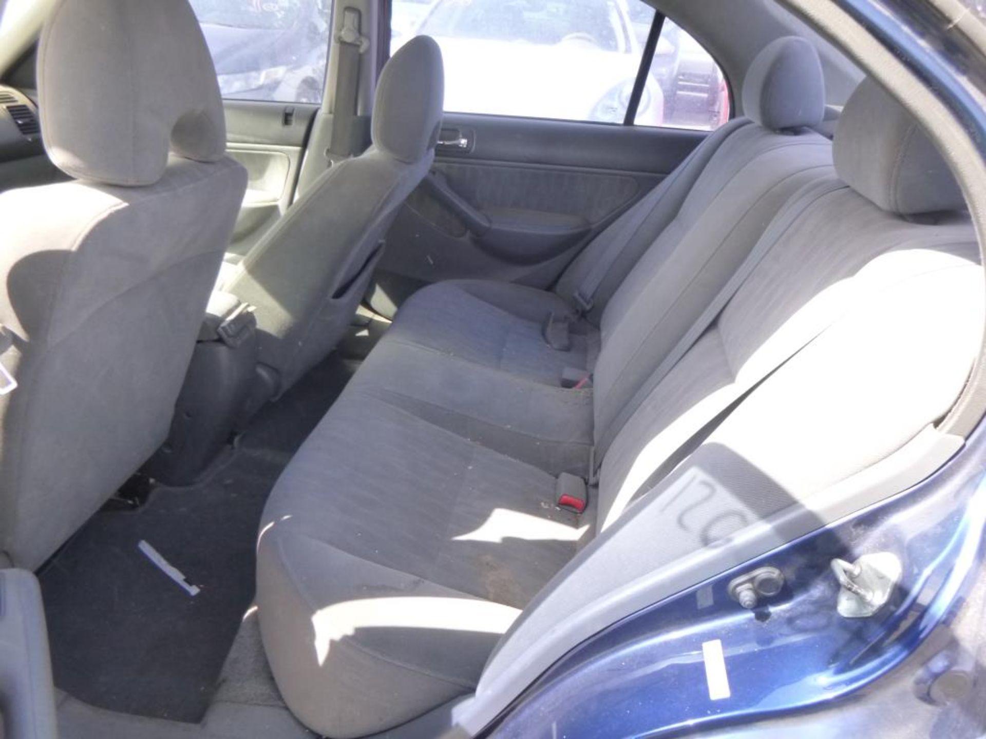 2004 Honda Civic - Image 7 of 14