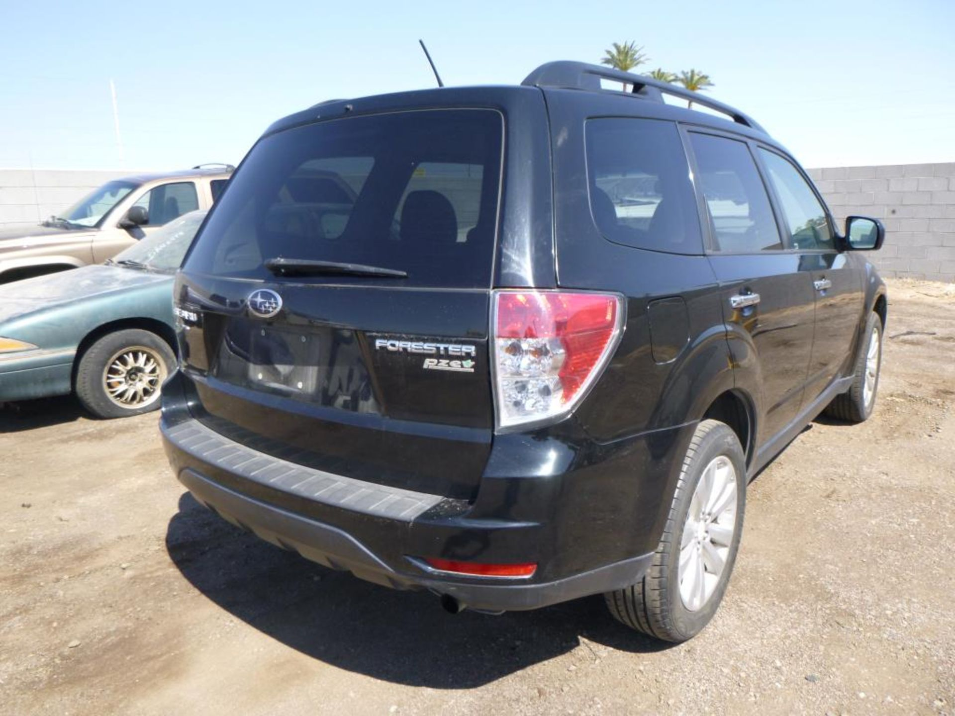 2011 Subaru Forester - Image 4 of 11