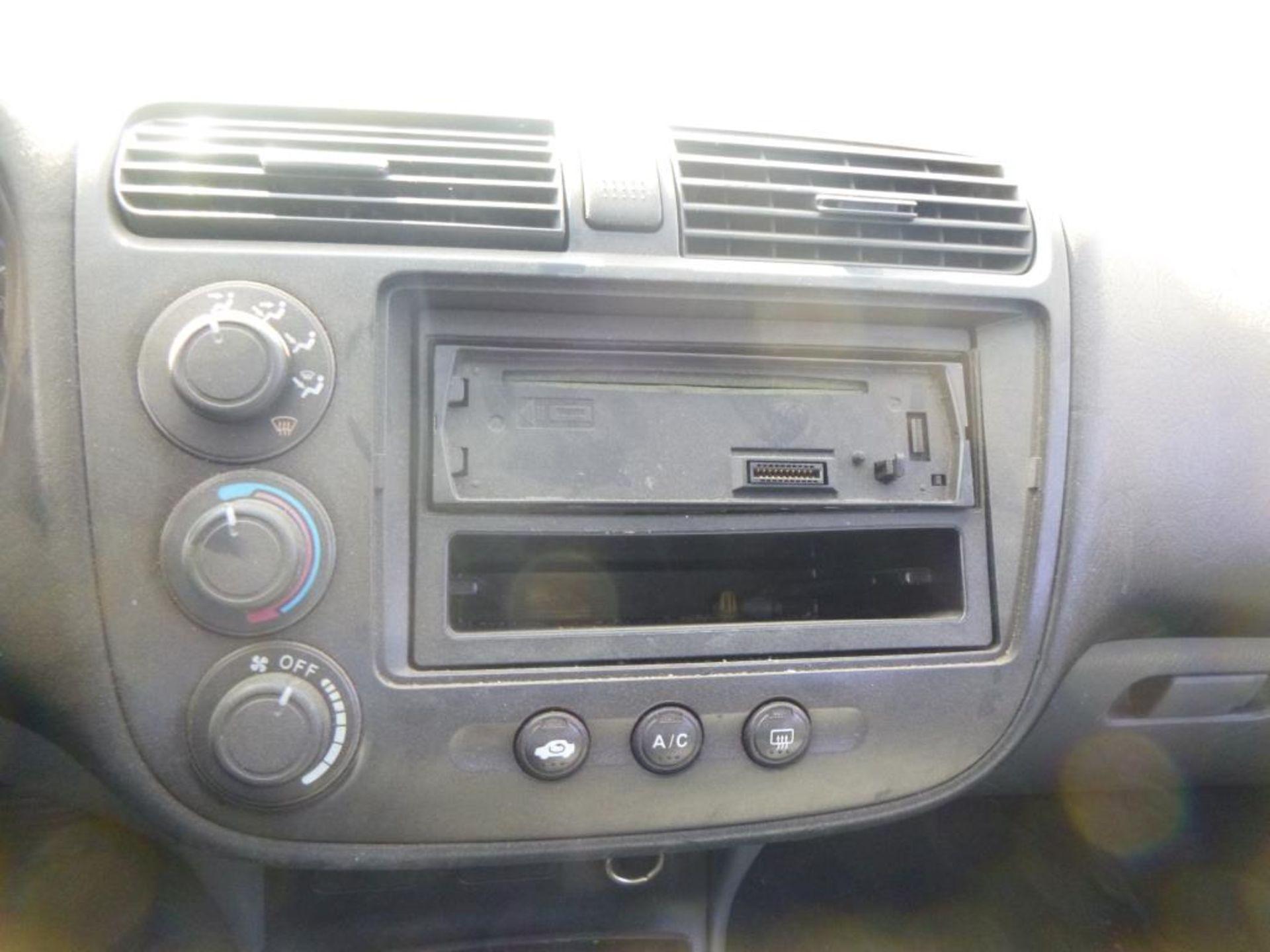 2004 Honda Civic - Image 14 of 14