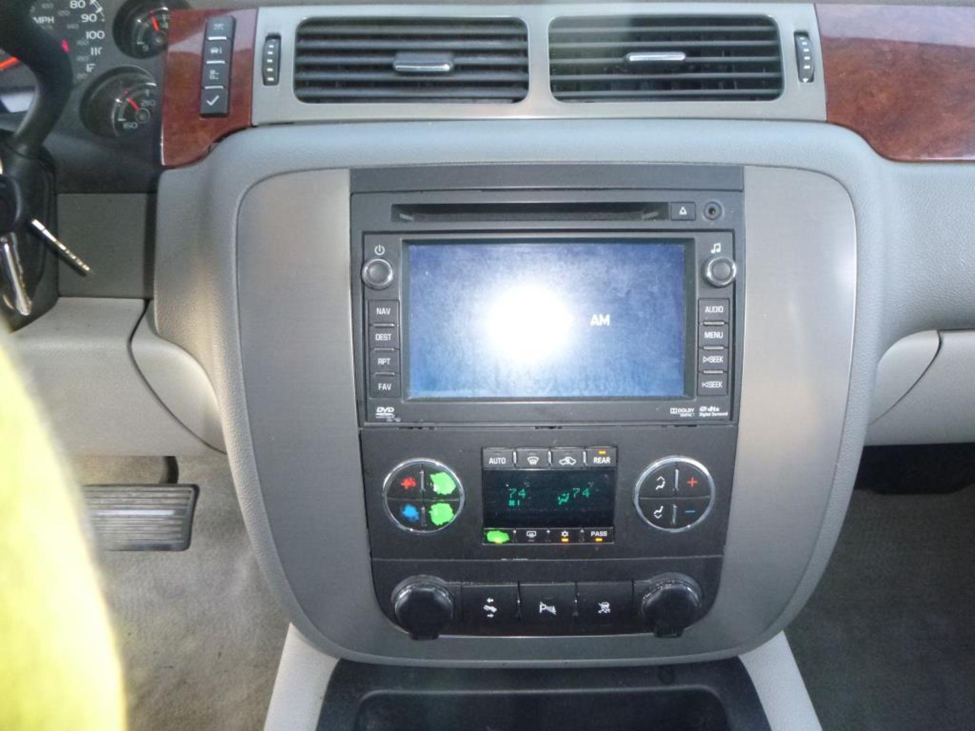 2010 GMC Yukon - Image 14 of 14