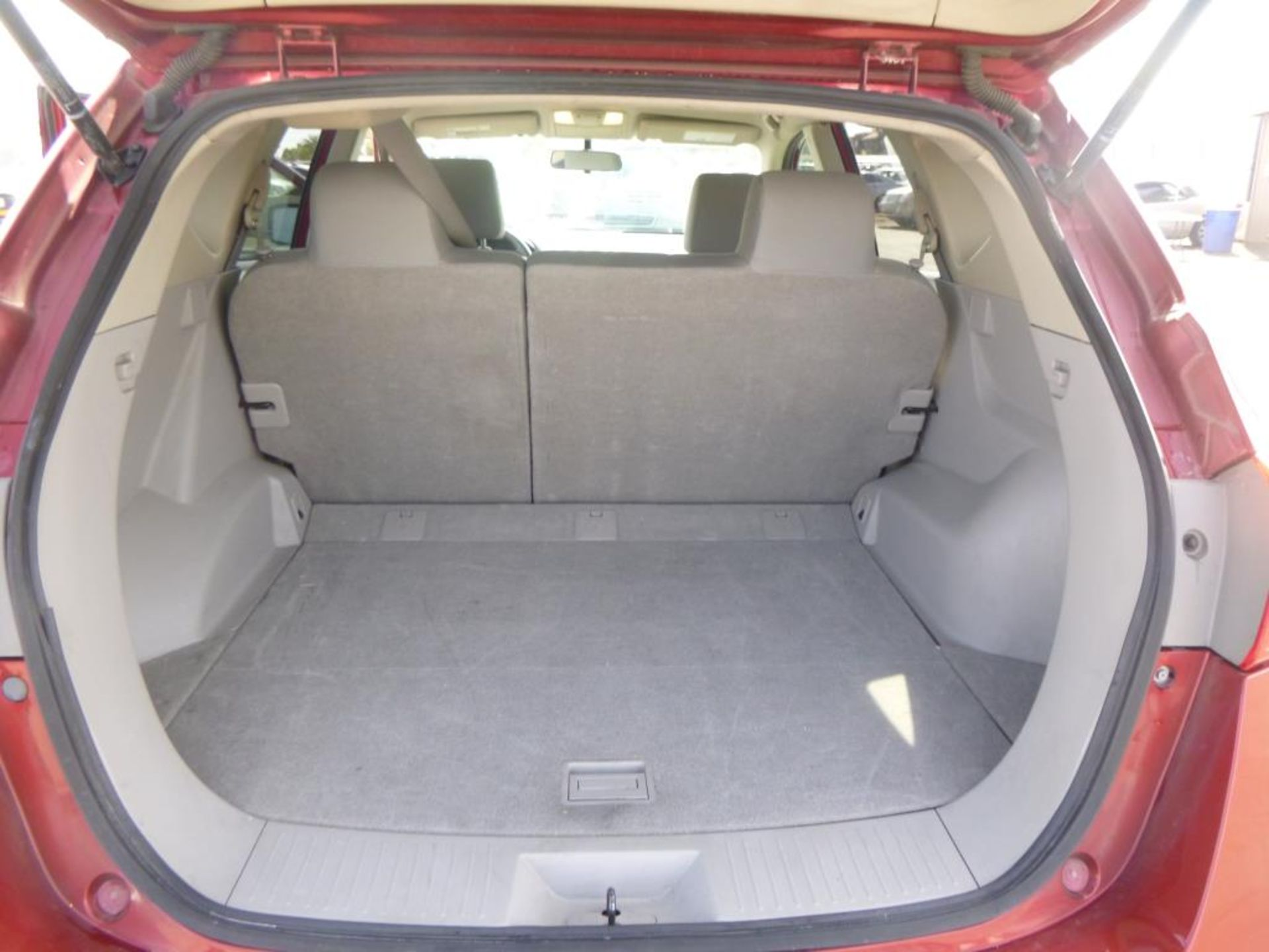 2012 Nissan Rogue - Image 6 of 14