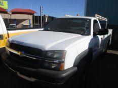 (Lot # 3905) - 2003 Chevrolet Silverado 2500