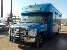 (Lot # 3944) - 2013 Ford E-450 SD Shuttle Bus