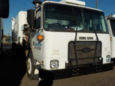 (Lot # 3950) - 2013 Autocar Xpeditor Garbage Truck