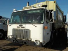 (Lot # 3948) - 2006 Autocar Xpeditor Garbage Truck
