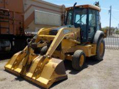 (Lot # 3954) - 2002 John Deere 310G Backhoe Tractor