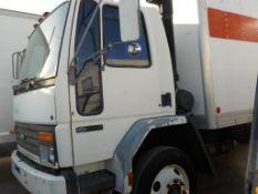 (Lot # 3912) - 1993 Ford CF7000 Box Truck