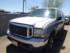 (Lot # 3341) 2004 Ford Excursion
