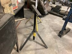 MATERIAL T STAND