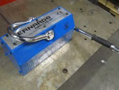 Bernardo 4500lbs / 2 ton Heavy Duty Lifting Magnet - for plate and pipe - MINT UNIT