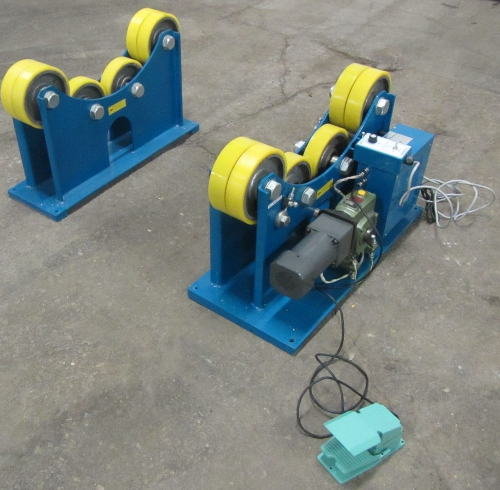 Verner model Power tank rolls - Powered turning roll and idler 7000lbs capacity with foot pedal